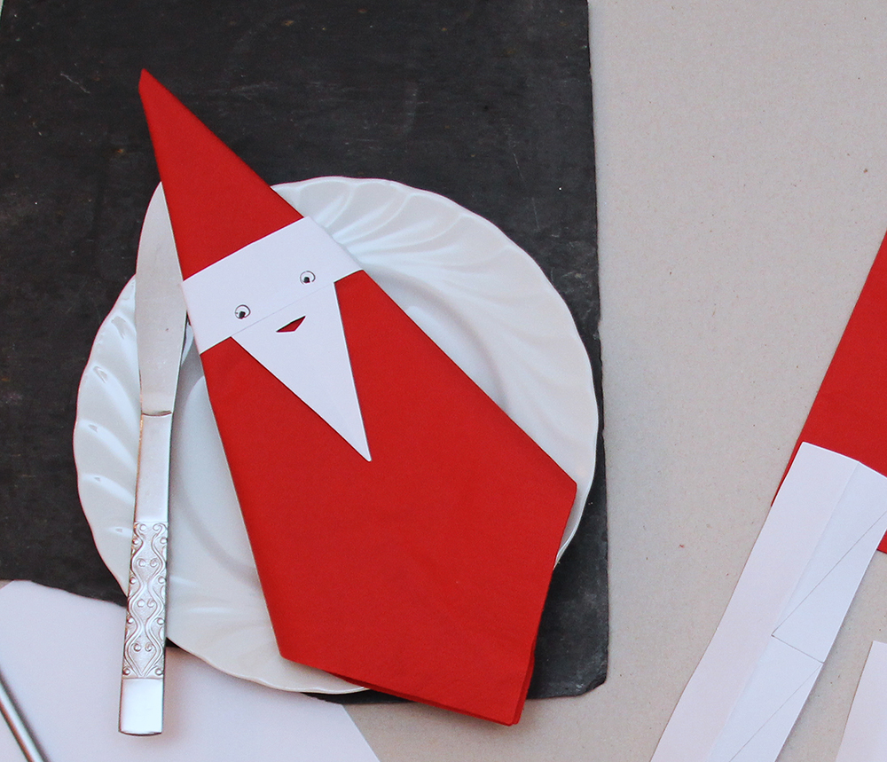 BBinky Bear's Homemade Christmas Gifts - Father Christmas Serviettes